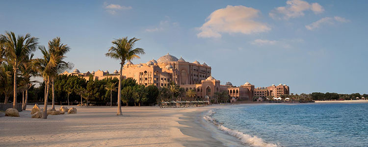 emirates palace abu dhabi beach