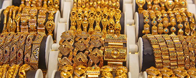 Gold Souk in Dubai | Timings, Shops, Gold Price | Best Tours